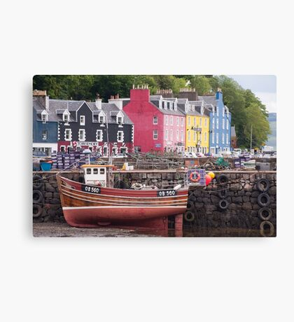 Tobermory harbour view Canvas Print