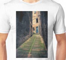 Italian narrow alley, Urbino, Marche, Italy. Unisex T-Shirt