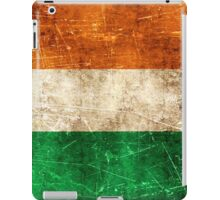 Vintage Aged and Scratched Irish Flag iPad Case/Skin