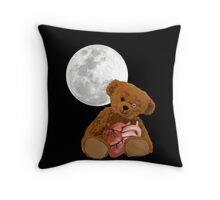 bear with a heart Throw Pillow
