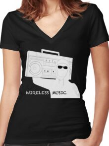 Wireless Music Women's Fitted V-Neck T-Shirt