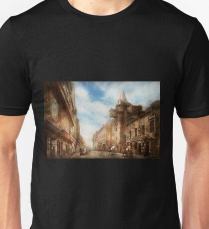 City - Scotland - Tolbooth operator 1865 Unisex T-Shirt