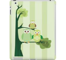 Green Owls iPad Case/Skin