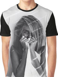 Femme Graphic T-Shirt