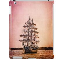 Gloria !!! iPad Case/Skin