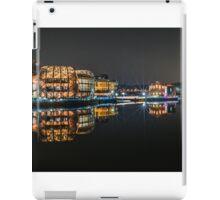 Modern reflection iPad Case/Skin
