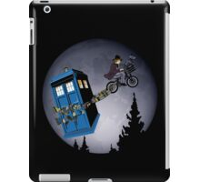Fourth Doctor Fly With Bicycle iPad Case/Skin