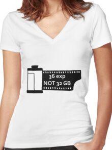 Shoot film Women's Fitted V-Neck T-Shirt