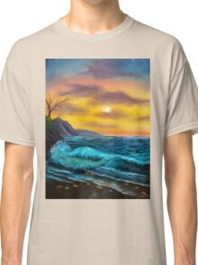 Sea Waves and Sunset Scene Classic T-Shirt