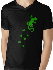 Green Lizard Footprints Design Mens V-Neck T-Shirt