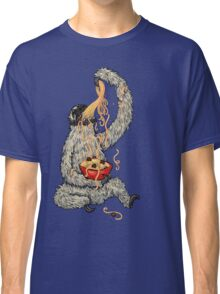 A Sloth Eating Spaghetti Classic T-Shirt