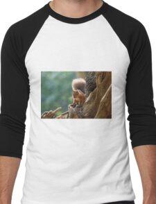 Red Squirrel Backlit Men's Baseball ¾ T-Shirt