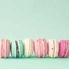 Macaron Line by Caroline Mint