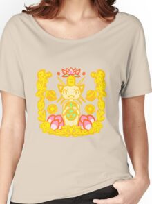Luck is on your side with this kitty Women's Relaxed Fit T-Shirt