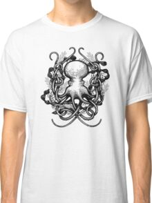 Octupus and COral Black and White Classic T-Shirt
