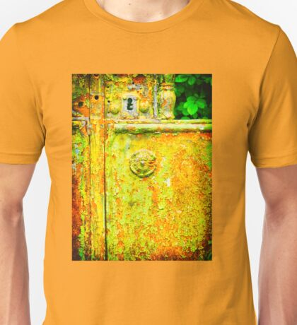 The rusty and peeling gate Unisex T-Shirt