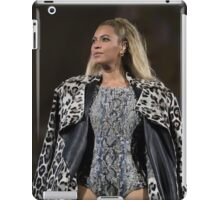 BOW DOWN FOR QUEEN B  iPad Case/Skin