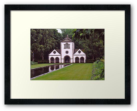 Bodnant Gardens, Wales. by johnrf