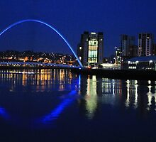 Blues on the Tyne by Ladymoose