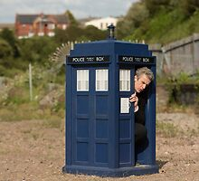 The tardis is shrinking by leahitsmeagain