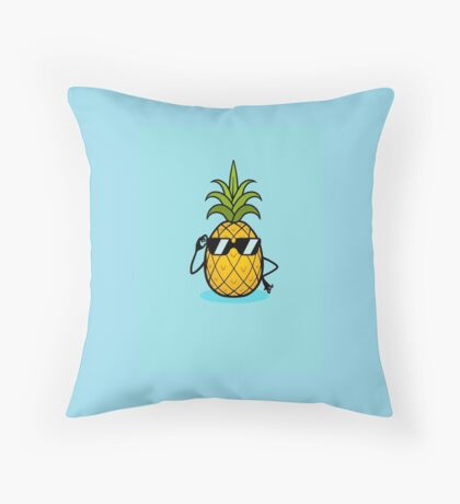 Ananas Cool Throw Pillow