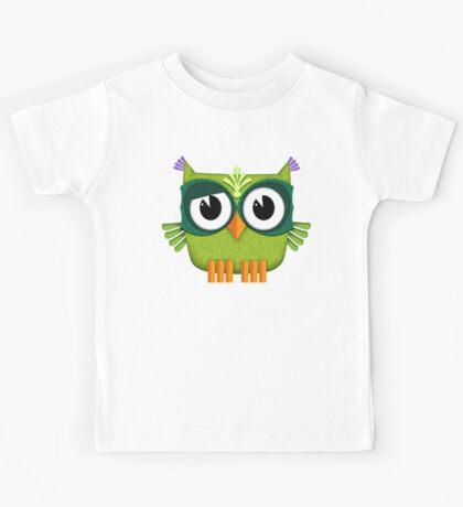 Cute Green Owl  Kids Tee
