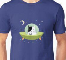 Space Cat - The Astronaut Kitten inside an UFO Unisex T-Shirt