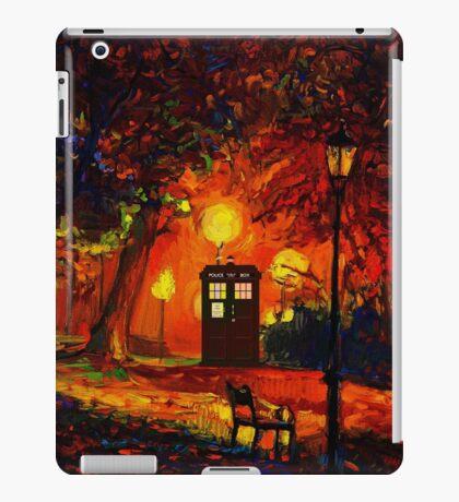tardis starry night beauty full  iPad Case/Skin