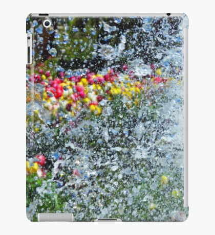Spring Tulips through Water Fountain Droplets iPad Case/Skin