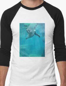 Penguin Underwater Men's Baseball ¾ T-Shirt