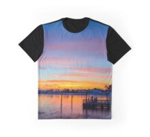 oyster sunrise Graphic T-Shirt