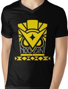 A Magic Owl Mens V-Neck T-Shirt