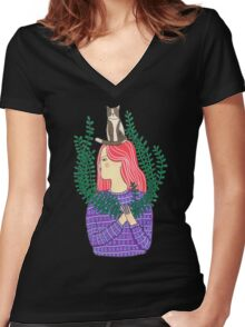Cat on the head Women's Fitted V-Neck T-Shirt