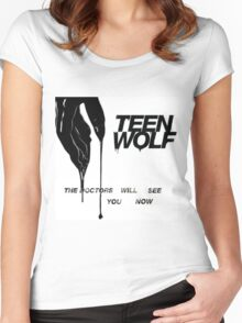 TEEN WOLF THE DOCTORS WILL SEE YOU NOW Women's Fitted Scoop T-Shirt