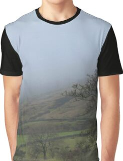 Freezing mist flooding the valley Graphic T-Shirt