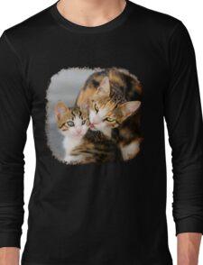 Mother Cat Loves Cute Kitten Long Sleeve T-Shirt