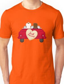 Just Married T-Shirt - Funny Gift for Matching Couple Unisex T-Shirt