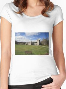 Balmoral Castle Women's Fitted Scoop T-Shirt