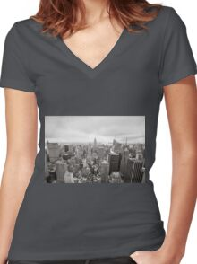 Black and white aerial view over Manhattan Women's Fitted V-Neck T-Shirt