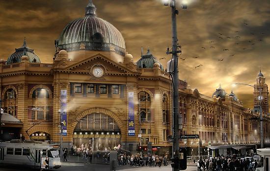 Flinders St Station  by Cliff Vestergaard