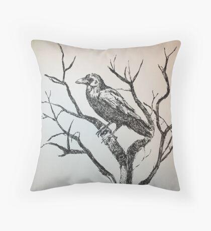 The gigantic raven Throw Pillow