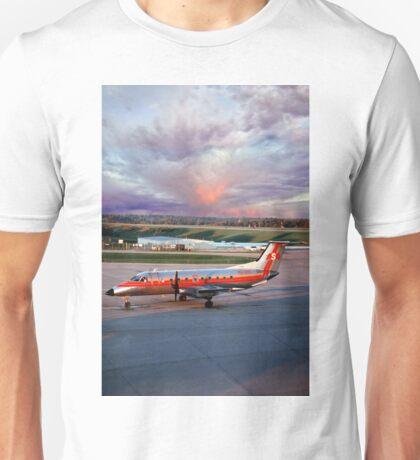 Embraer EMB-120RT Atlantic Southeast Airlines Unisex T-Shirt