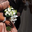 Bride & bouquet by Lissywitch