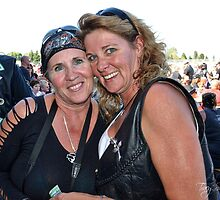 Mandy & Janice by Tracy Deptuck