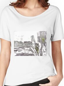 Distressed Tree Women's Relaxed Fit T-Shirt