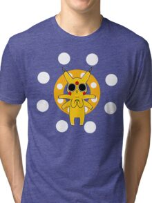 Pikachu's Trip - one circle Tri-blend T-Shirt