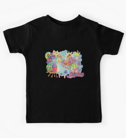 Sweet doodle. Berries cupcakes and funny swirls.  Kids Tee