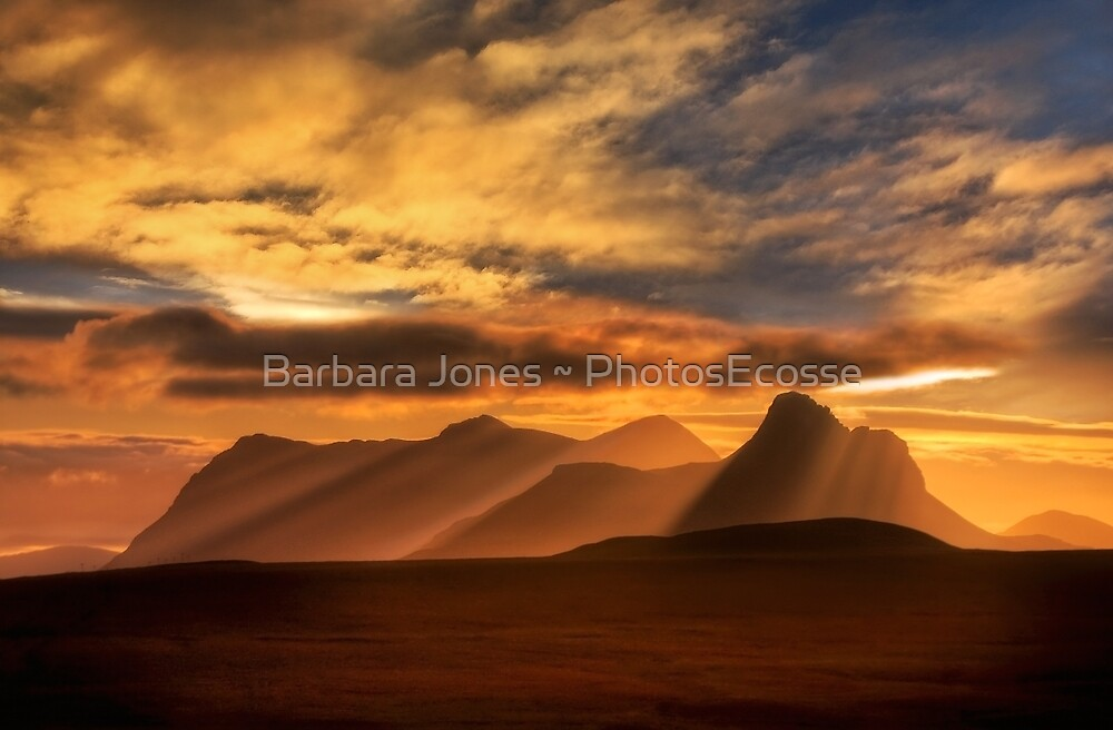 Sunrise over Stac Pollaidh, Inverpolly, North West Scotland. by photosecosse /barbara jones
