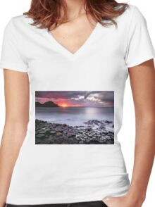 Grand Finale Women's Fitted V-Neck T-Shirt