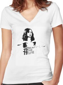 #SpreadTheSelfie Women's Fitted V-Neck T-Shirt